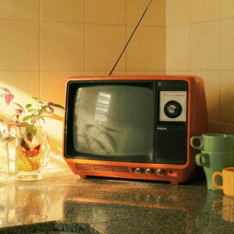tv.kitchen